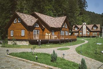 Комплекс «Золотой Каштан Lodge»