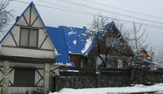 Гостевой дом «Омела» вцентре Красной Поляны.