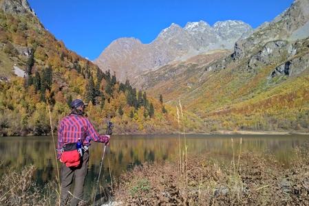 Озеро Кардывач осенью
