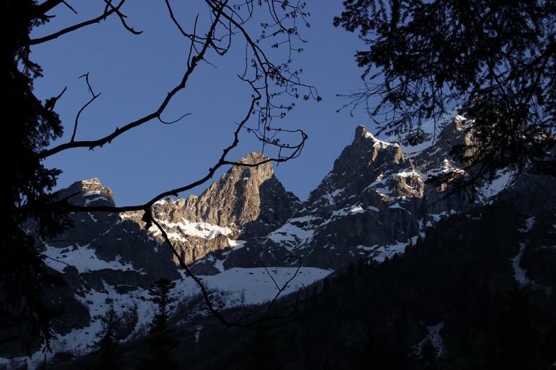 Через горы кморю: Кордон Черноречье— Кордон Пслух