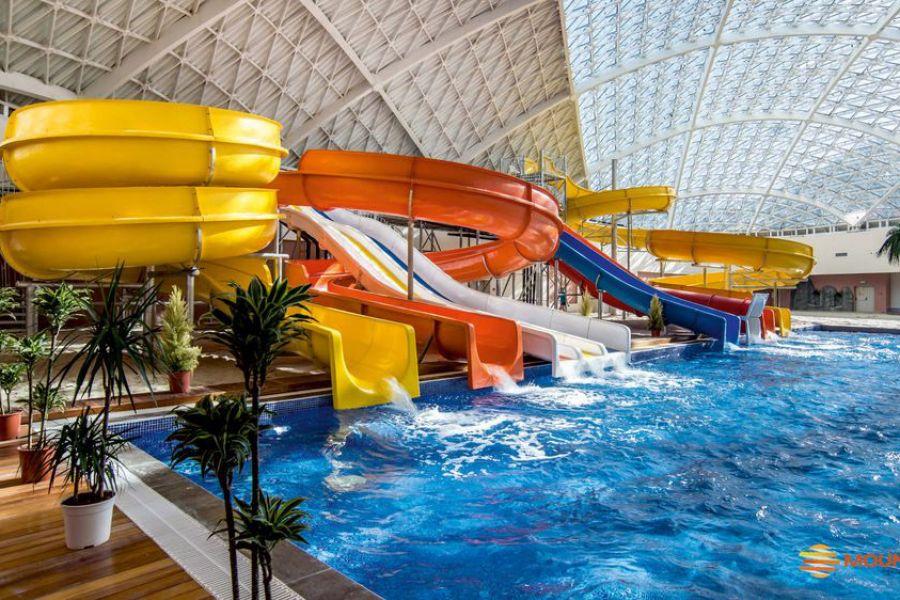 Аквапарк «Mountain Beach» вТРЦ «Gorky Gorod Mall»